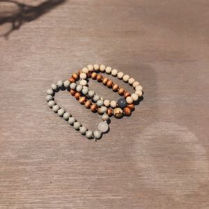 Jewelry - Wooden bracelet set (3 bracelets)